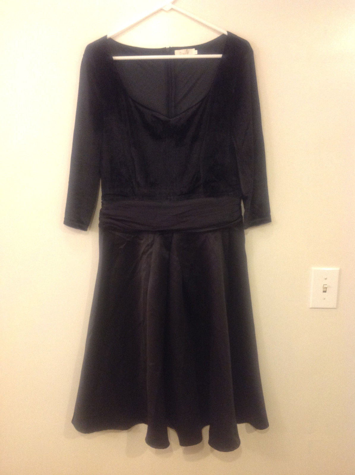 Dress V Brand Women Size 14 XL XXL Retro 50s Black Midi Holiday Party Velvet LBD