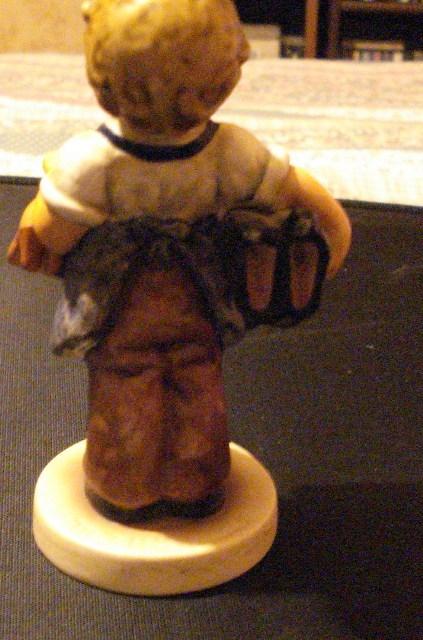 Hummel/Goebel Boots Figurine 143/0