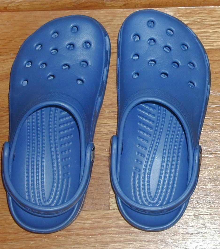 449a52aa29c4 Crocs M 3 W 5 sky blue slip on clogs back and 23 similar items. S l1600