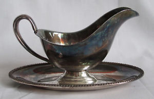Wm Rogers Avon 3613 silverplate sauce bowl with plate dish server vintage