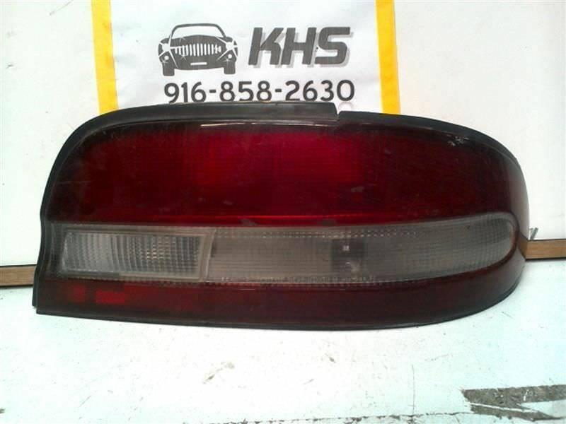 Primary image for Passenger Tail Light Quarter Panel Mounted Fits 95-97 ALTIMA 5428