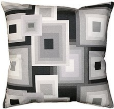 Pillow Decor - Marquis Throw Pillow 20x20 - €32,45 EUR