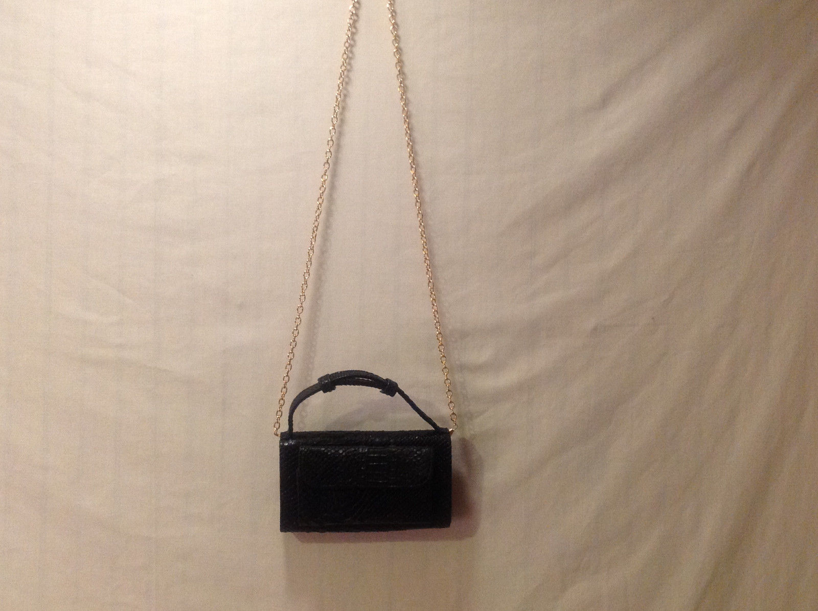 Mad About Style Crossbody Purse Convertible Clutch Bag Black Faux Patent Croco