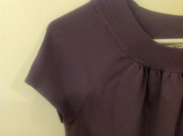 Ann Taylor LOFT Women Size M Sweater Knit Top Purple Short Sleeves Ruched Fitted image 6