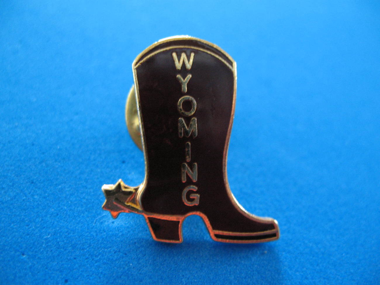 Wyoming State Lapel Hat Pin Souvenir Collector Collectible Cowboy Boot