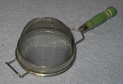 Primary image for Wood Green Handle 3 inch Kitchen Strainer utensil