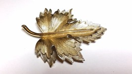 Sarah Coventry Double Leaf Pin Vintage Brooch Silver tone Gold Tone - $13.19