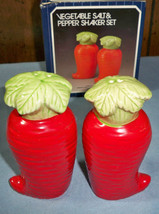Vintage Veggie Ceramic Carrot Salt and Pepper Shakers - $7.00