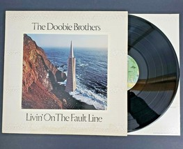 The Doobie Brothers Vinilo LP Record Livin On The Falta Línea 3045 Relieve - $6.79