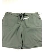 Gloria Vanderbilt shorts Womens Green NWT 24W - $19.79