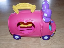 2011 Disney Minnie Mouse Boutique Tour Bus Van Rolling Vehicle Opens Mat... - $22.00