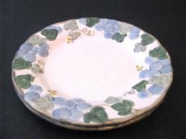 Metlox Poppytrail Sculptured Grape CA Pair 2 Salad Plates - $5.99