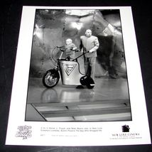1999 The Spy Who Shagged Me Movie Press 8x10 Photo Verne Troyer Mike Myers 6877 - $9.49
