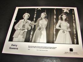 1998 DAIRY QUEENS Movie Press 8x10 Photo Mindy Sterling Denise Richards 1809 - $10.99