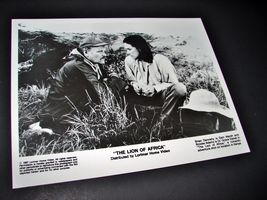 1987 THE LION OF AFRICA Movie 8x10 Press Kit Photo Brian Dennehy Brooke Adams - $9.87