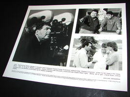 1996 Movie Shadow Conspiracy Press 8x10 Photo George Cosmatos Charlie Sheen - $10.99