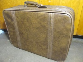 Large Vintage American Tourister Luggage Bag 70's Brown Vinyl Hippie Sui... - $140.25