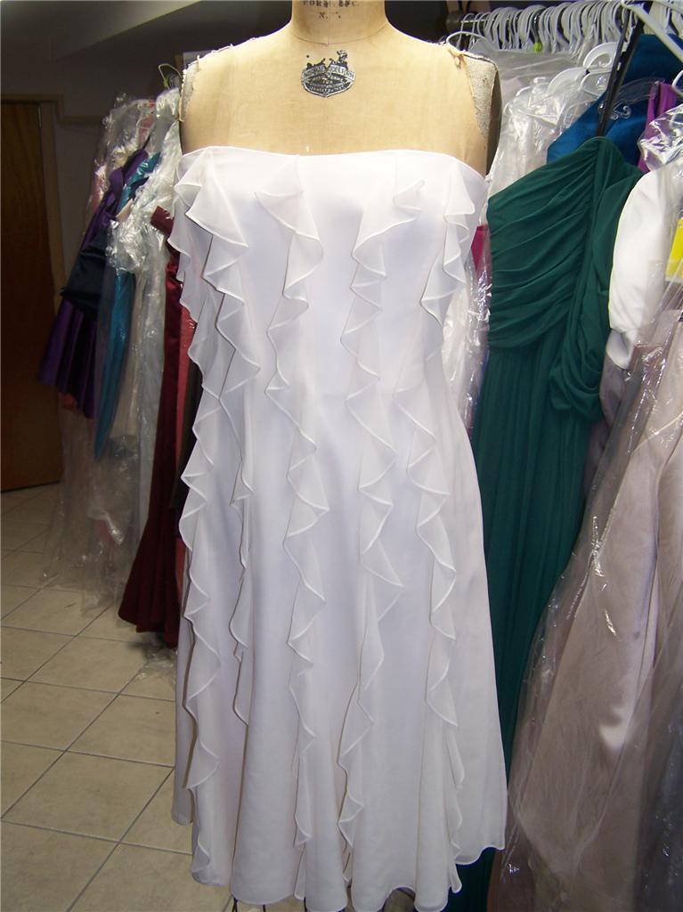 Dessy ...Bridesmaid / Cocktail Chiffon Dress...Sample......Ivory....Sz 6 - $14.84