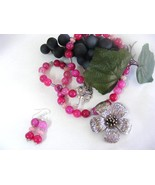 SALE!! DRAGON VEINS ROSE AGATE  AND ROSE RUBY BEADED NECKLACE & EARRINGS - $19.59
