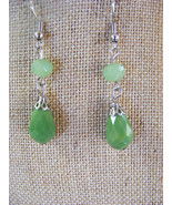 BRIGHT LIME GREEN GLASS FACETED DROP LADIES  DANGLE PIERCED EARRINGS - $8.01