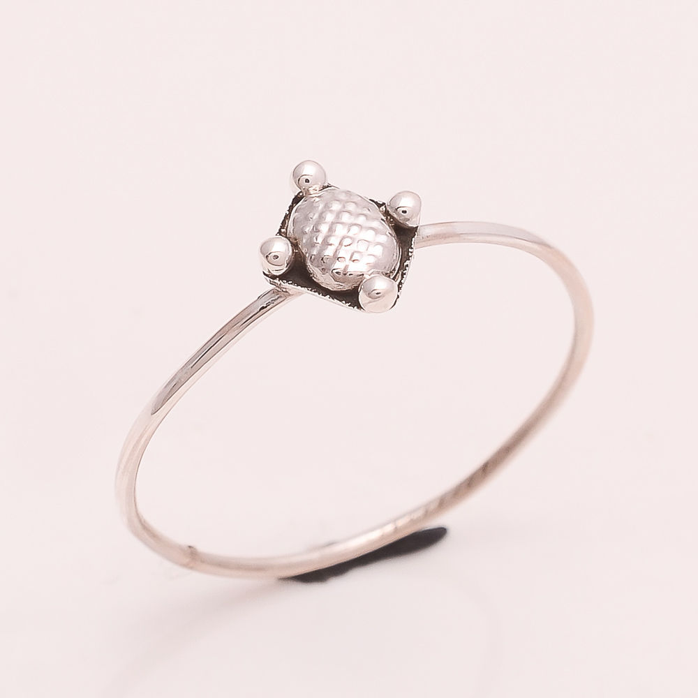 925 Sterling Silver Plain Silver Designer Ring 6.5 us Small Cute Ring r1830