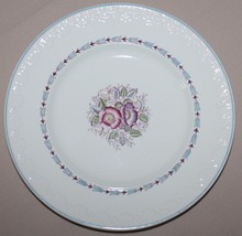 Wedgwood Corinthian Evenlode Salad Plate Blue Loral Floral England Very Good - $8.42