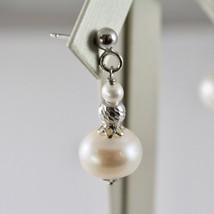 Pendientes de Plata 925 con Perlas Blancas de Agua Dulce y Esferas Facetadas image 2