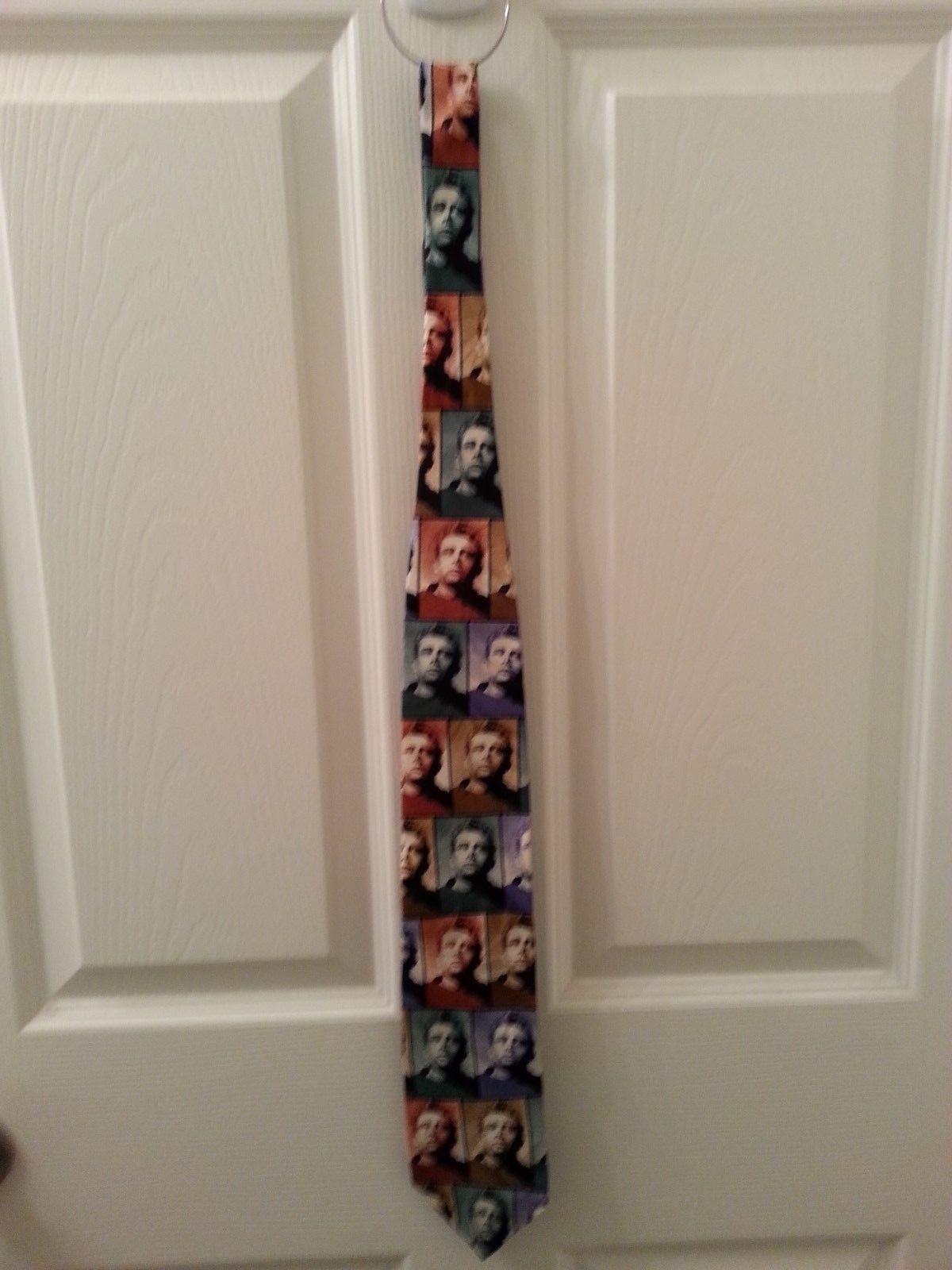 TRIO  JAMES DEAN - Shapes of James Dean / The Legend 2 Neck Ties, 1 Suspenders