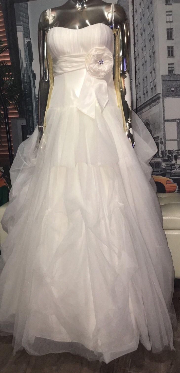 David 39 s bridal galina wg3057 ivory swarovski center bow for David s bridal princess wedding dresses