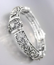 NEW Brighton Bay Antique Silver Filigree CZ Crystals Floral Stretch Bracelet - $24.99