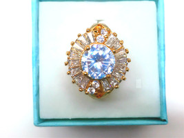 Flower style simulated diamond 24k gold filled proposal ring wedding ring  - $768,04 MXN