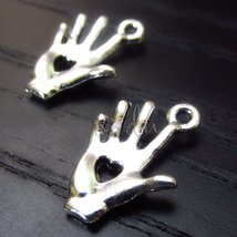 Heart In Hand Wholesale Silver Plated Pendant Charms jewelry 10pcs - $7.99