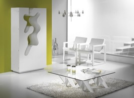 J&M Empty Premium Wood Veneers Bar Abstract Design Contemporary Modern Style