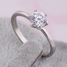 Single Zircon Gold Platinum Plated Ring   platinum plated white zircon 6.5 # - $10.99