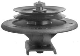 82-676 Spindle Ass. Toro 62 z Series 99-4640 *New* OD - $98.99