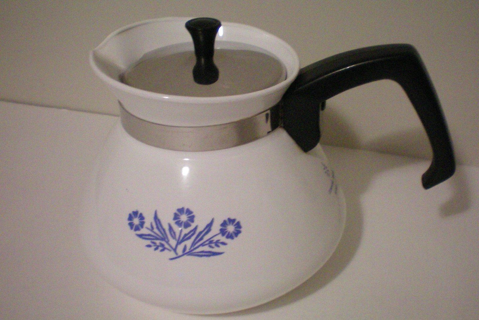 Corning blue cornflower cup teapot tea pot w metal lid