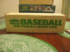 FLEER 1988 COMPLETE SET OF LOGO STICKERS & TRADING CARDS - $19.00
