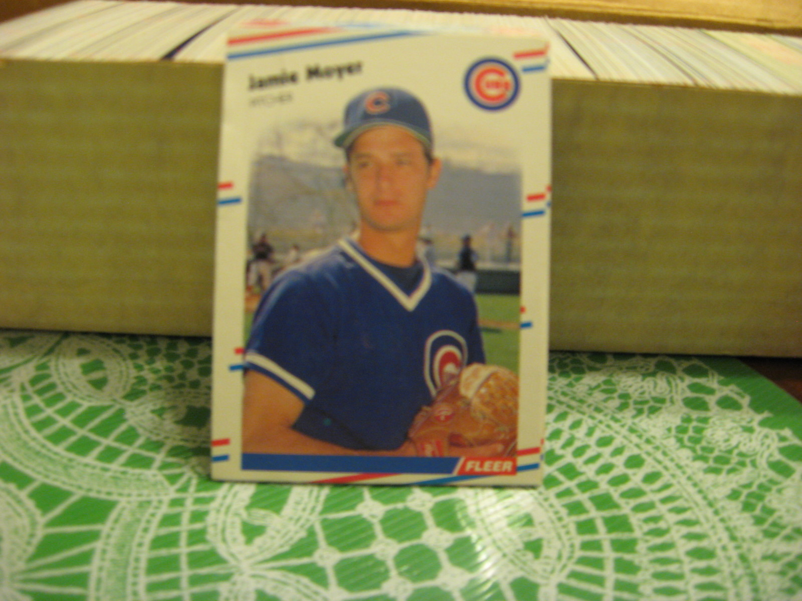 FLEER 1988 COMPLETE SET OF LOGO STICKERS & TRADING CARDS