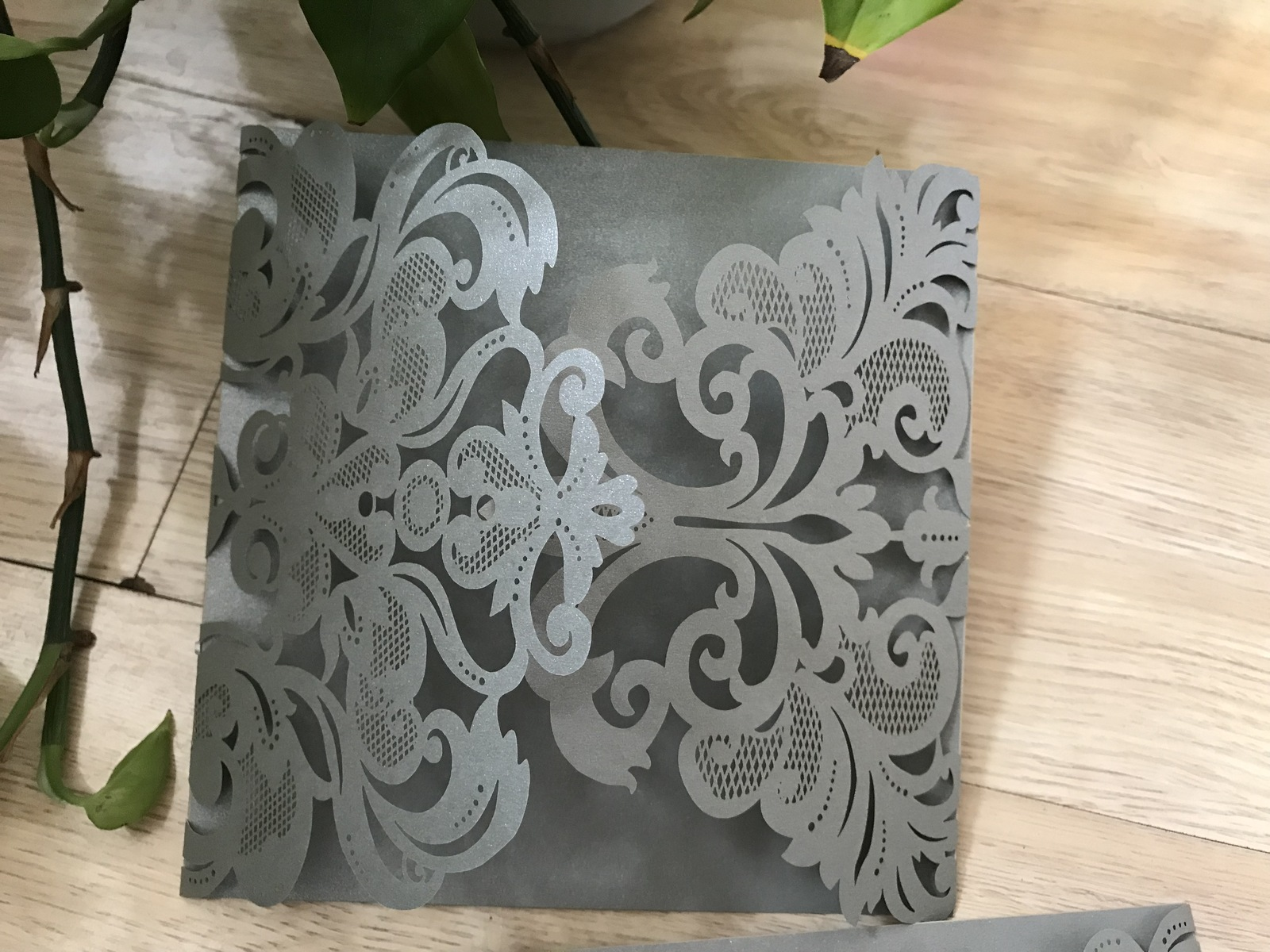 haircut discount coupon laser cut wedding invitations silver birthday greeting 6059 | IMG 6059
