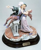 CAPODIMONTE Romeo & Juliet  by Enzo Arzenton Italy Laurenz Classic Sculp... - $1,134.85