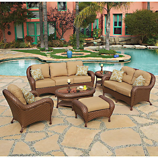 Large Villanova Outdoor Sofa All-weather Rust-Resistant Frame,2 Pillows,82''L