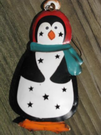 OR306- Penguin Metal Christmas Ornament