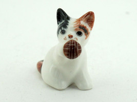 Hand Painted Miniature Collectible Ceramic Porcelain Cat with Ball FIGURINE - $3.22