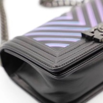 AUTH CHANEL SO BLACK IRIDESCENT LIMITED EDITION CHEVRON CALFSKIN SMALL BOY FLAP  image 5