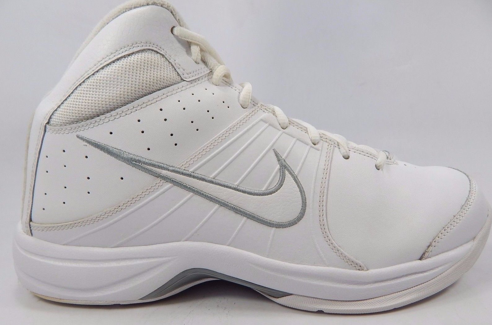 Primary image for Nike Overplay VI 6 Men's Basketball Shoes Sz US 11 M (D) EU 45 White 443456-103