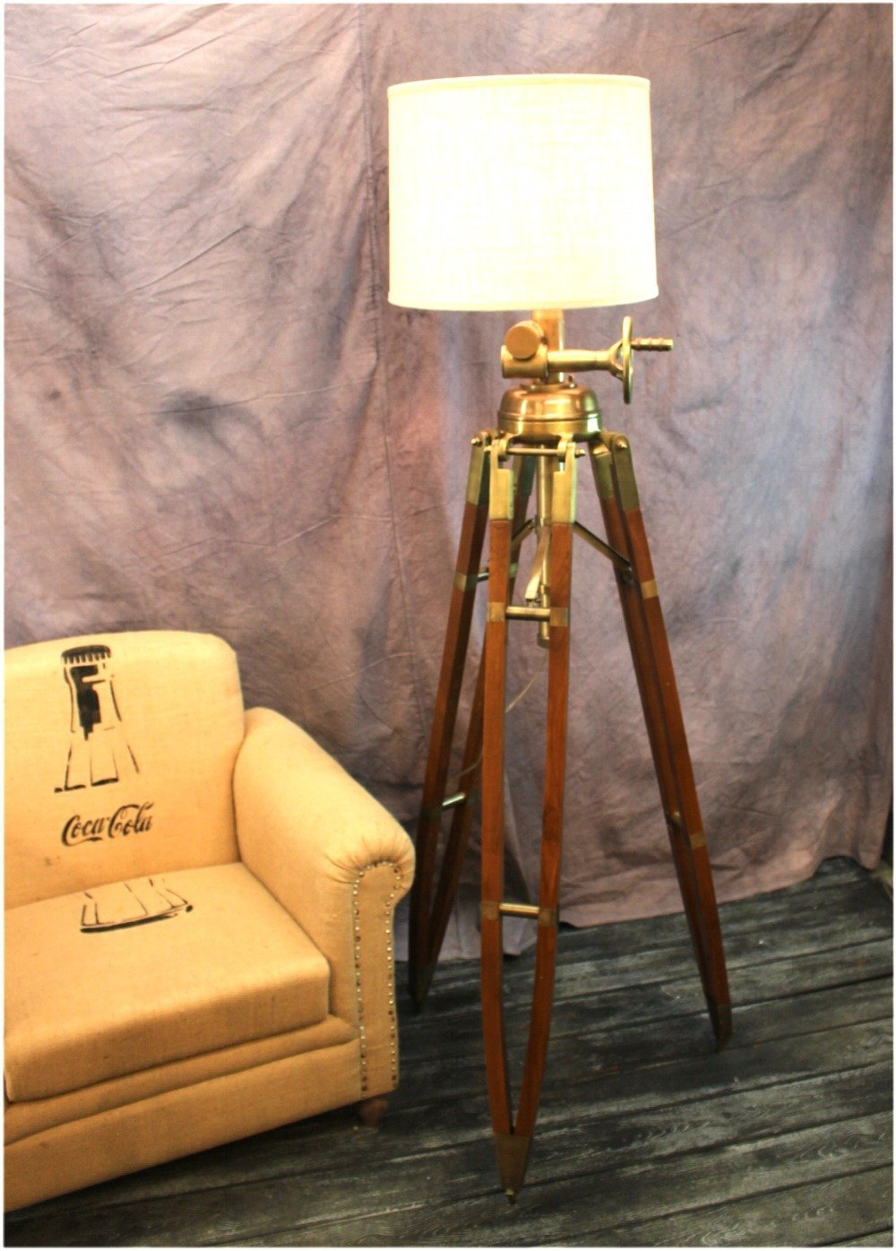 Hand Made Replica 1940/'s VINTAGE TRIPOD TABLE LAMP