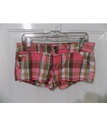 Hollister Socal Stretch Pink Plaid Shorts Size 3  Women's EUC - $16.38