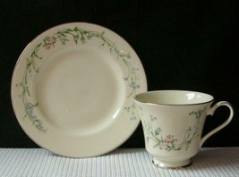 Brookwood By Minton Tea Cup & Small Side Plate Bone China England S774 Euc - $14.54