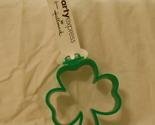 St patrick hallmark 3 leaf clover cookie cutter  green002 thumb155 crop