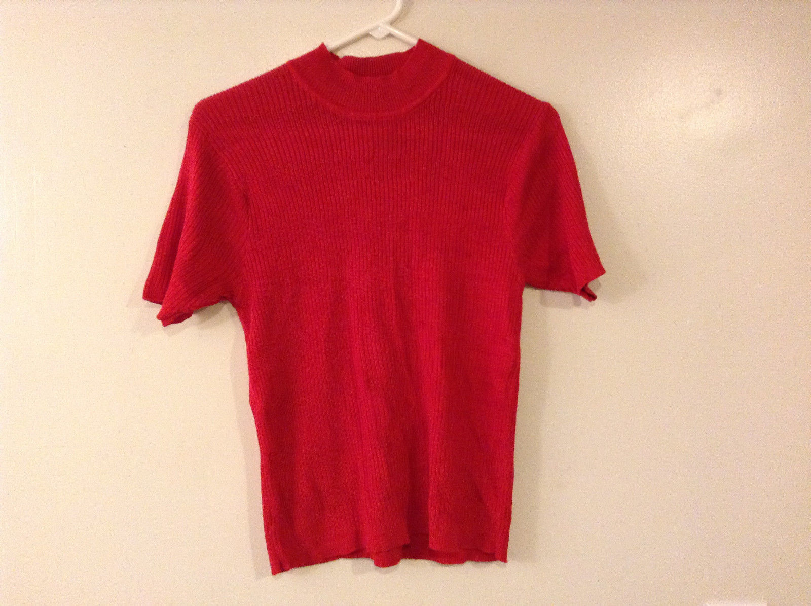 Norton McNaughton Women's Size S Ribbed Knit Top Short Sleeve Mock Neck True Red